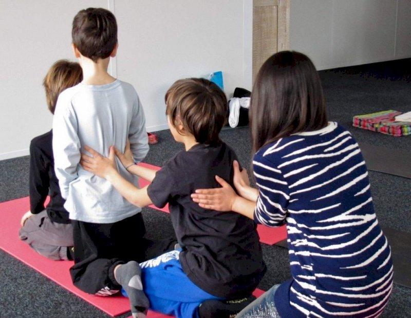 Atelier massages parent-enfant