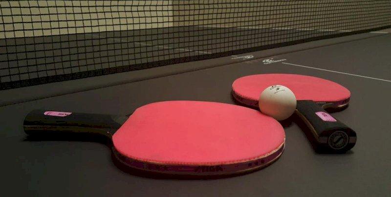 Dark ping, tennis de table dans le noir