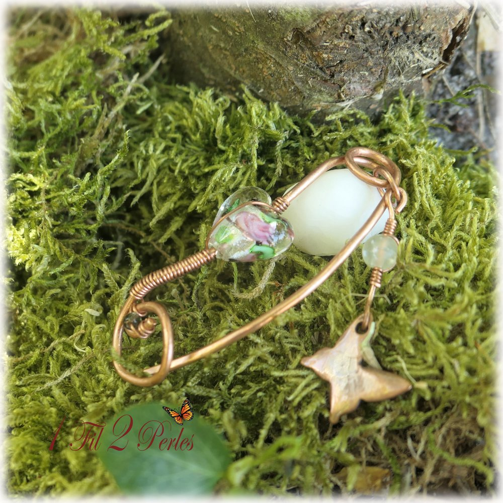 Broche Bijou Epingle Perle de verre  Coeur, Breloque Papillon, Cadeau Femme Fait Main