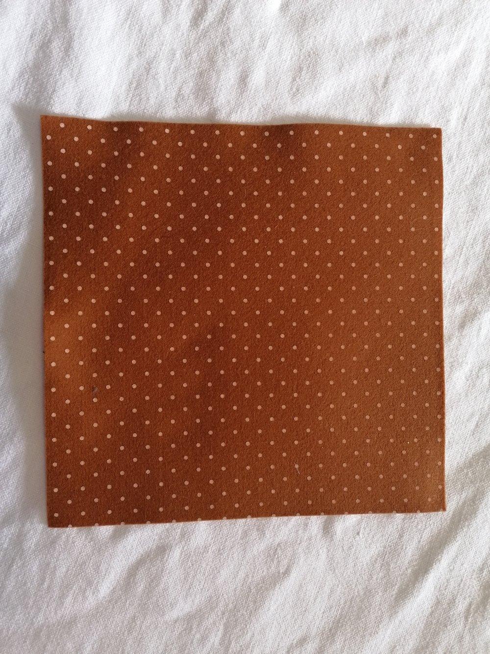 Feutrine 20 x 20 cm 100% polyester loisirs créatifs