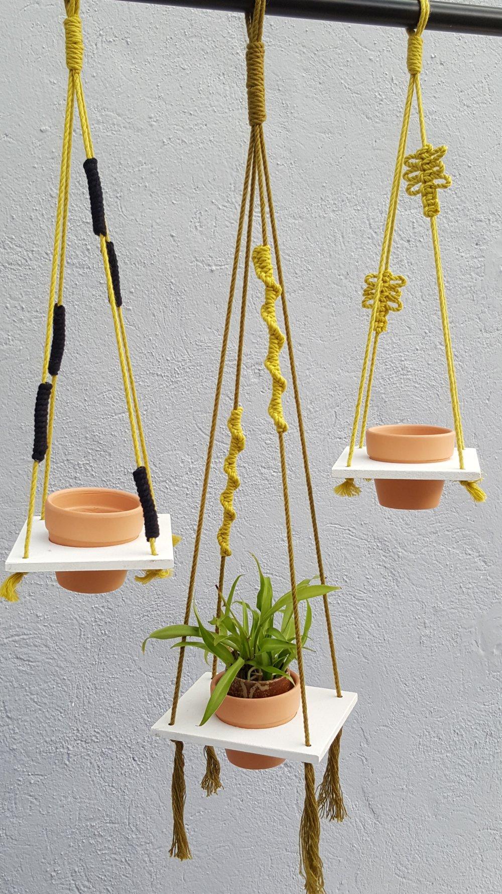 "Porte plante macramé "" So... "" suspension plante tendance."