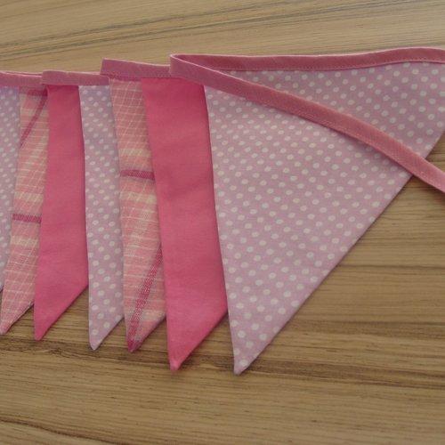 Guirlande fanions tissus rose