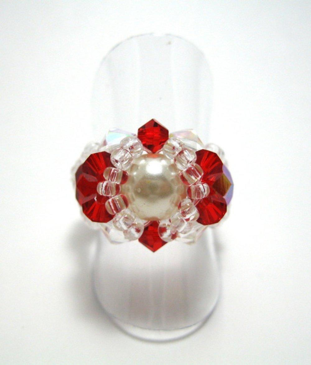 Bague fantaisie en perles swarovski rouges et blanches
