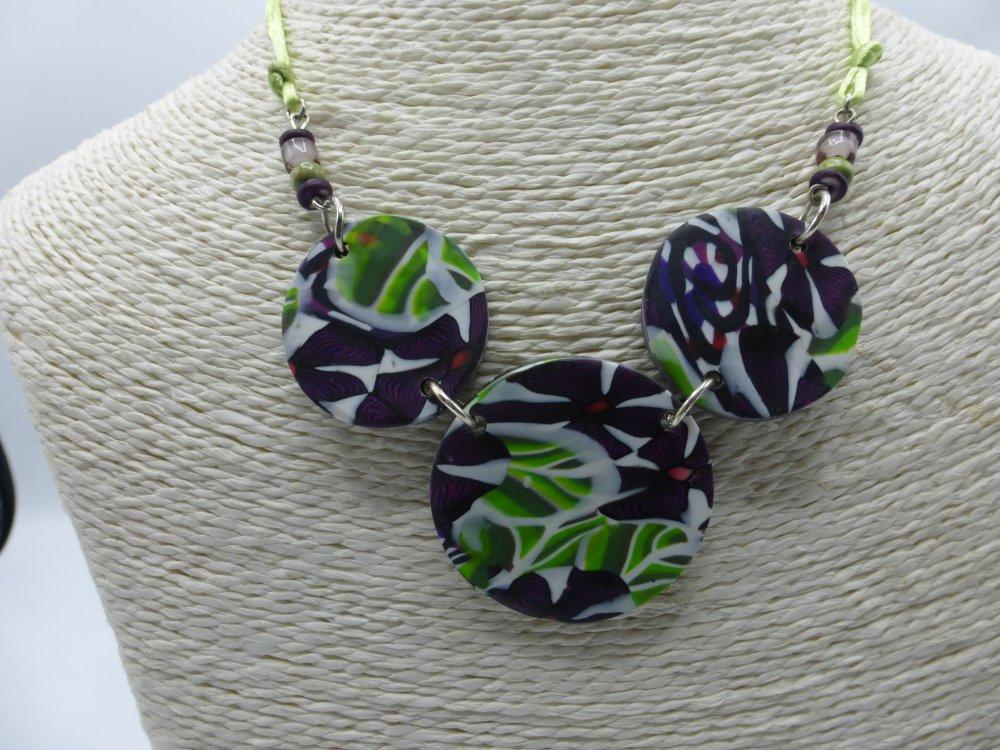 FIN DE SERIE Collier fleuri violet et vert en argile polymère