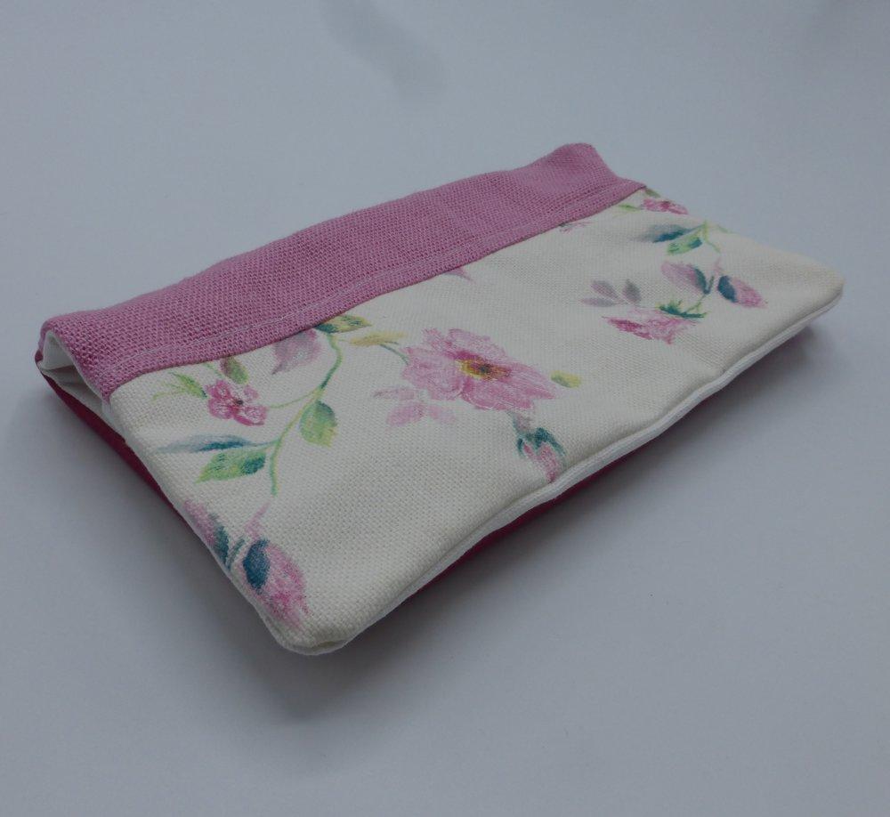 Protège chéquier roses roses en coton, lin et simili-cuir