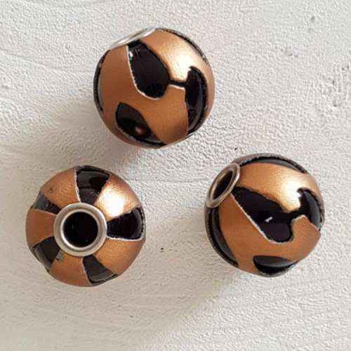 Perle ronde en cuir n°07 cuivre