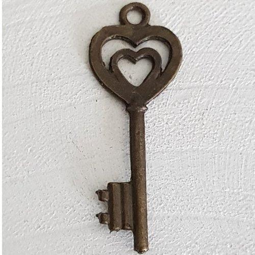 Breloque clef n°28 bronze