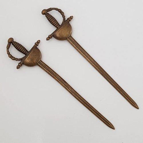 Breloque épée hache de guerre n°03 bronze