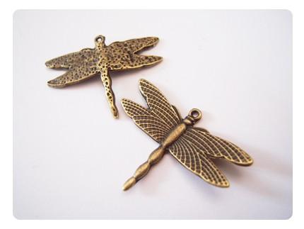 2 pendentifs ' libellule' - coloris bronze