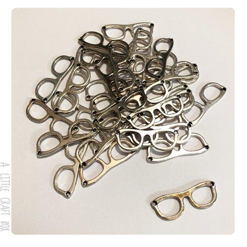 [gros lot] 20 breloques lunettes coloris argent