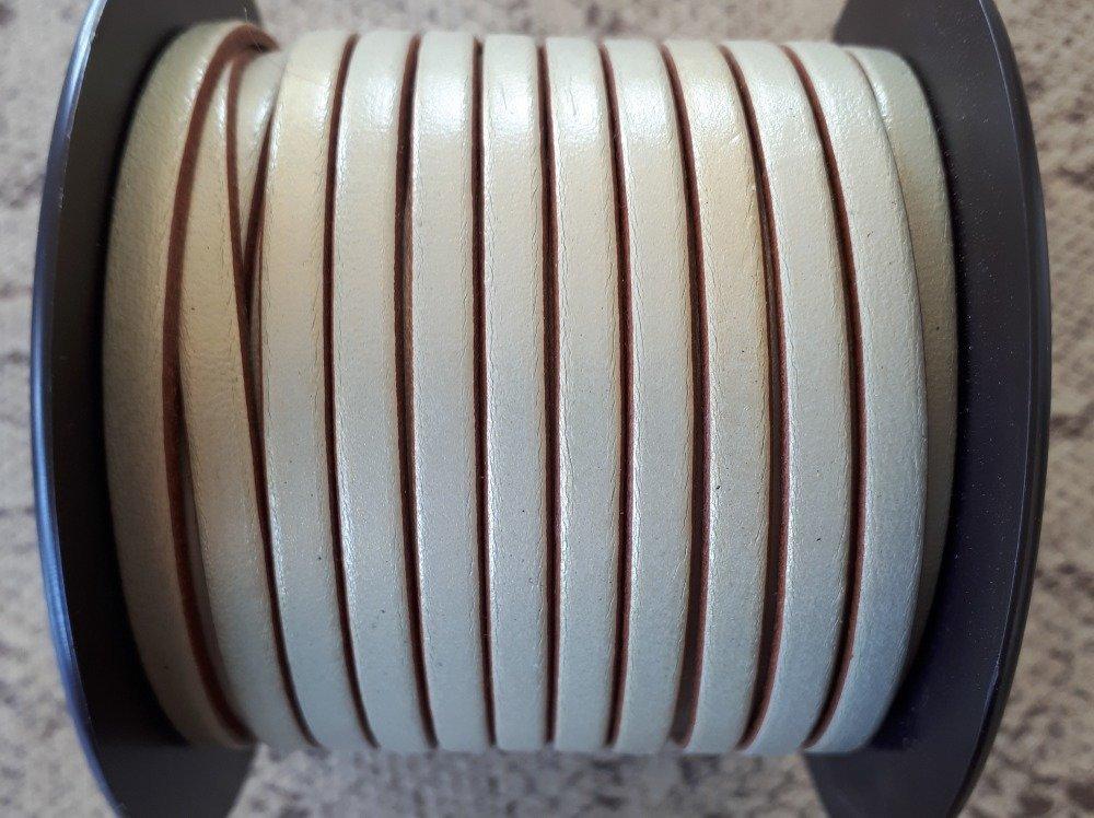 lanière cuir plat 5 mm sable doré de grande qualité européenne vendue par 50 cm