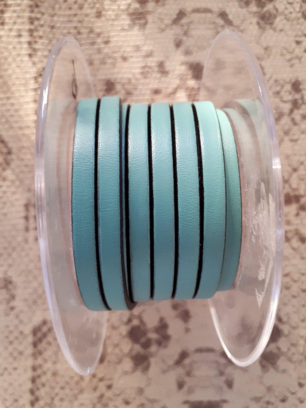 lanière cuir plat 5 mm vert d'eau de grande qualité européenne vendue par 50 cm