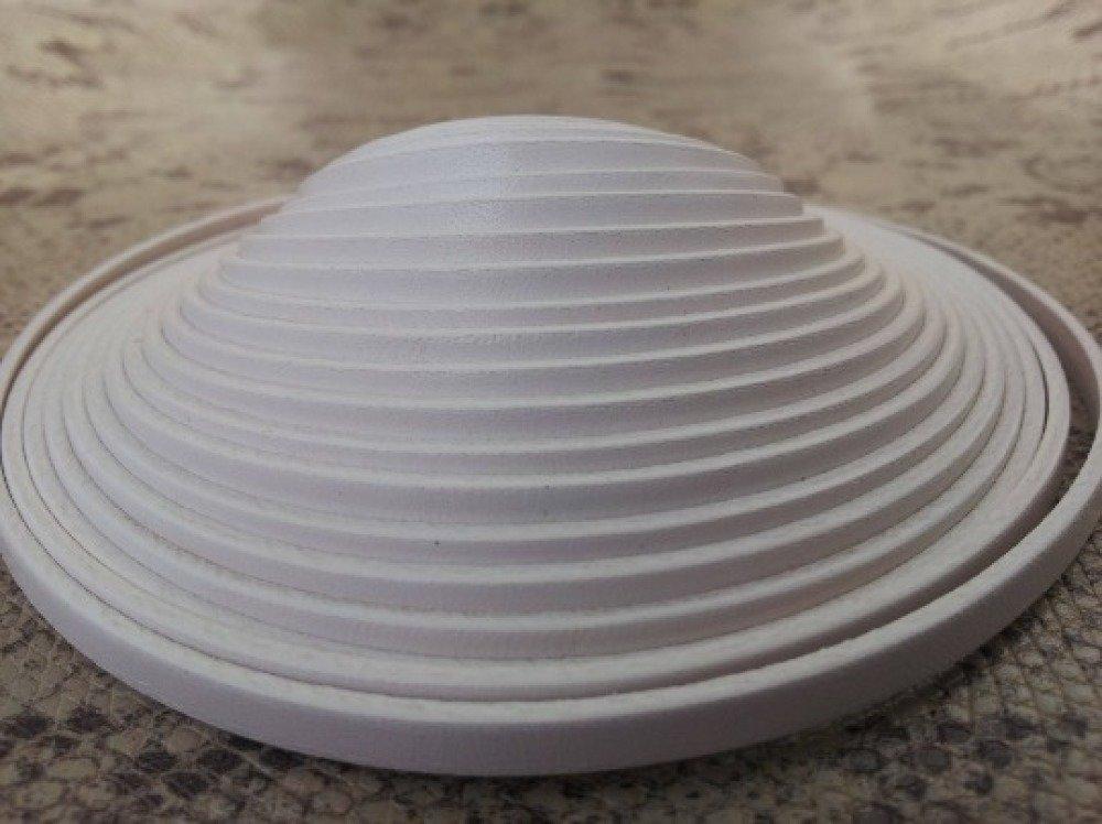 lanière cuir plat 5 mm blanc de grande qualité européenne vendu par mètre