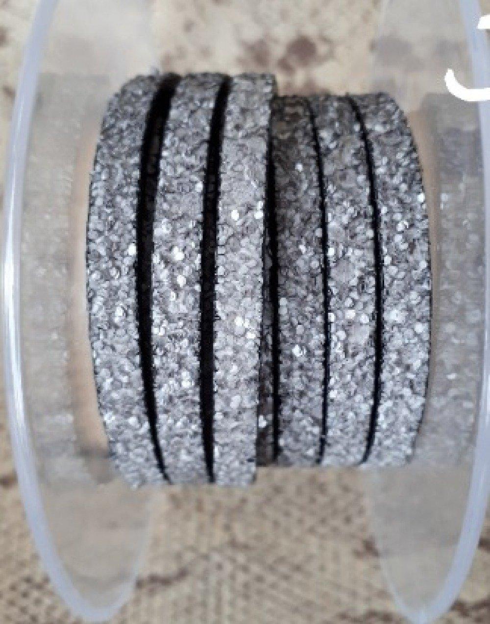 lanière cuir plat paillettes gris souris 5 mm de grande qualité européenne vendue au mètre