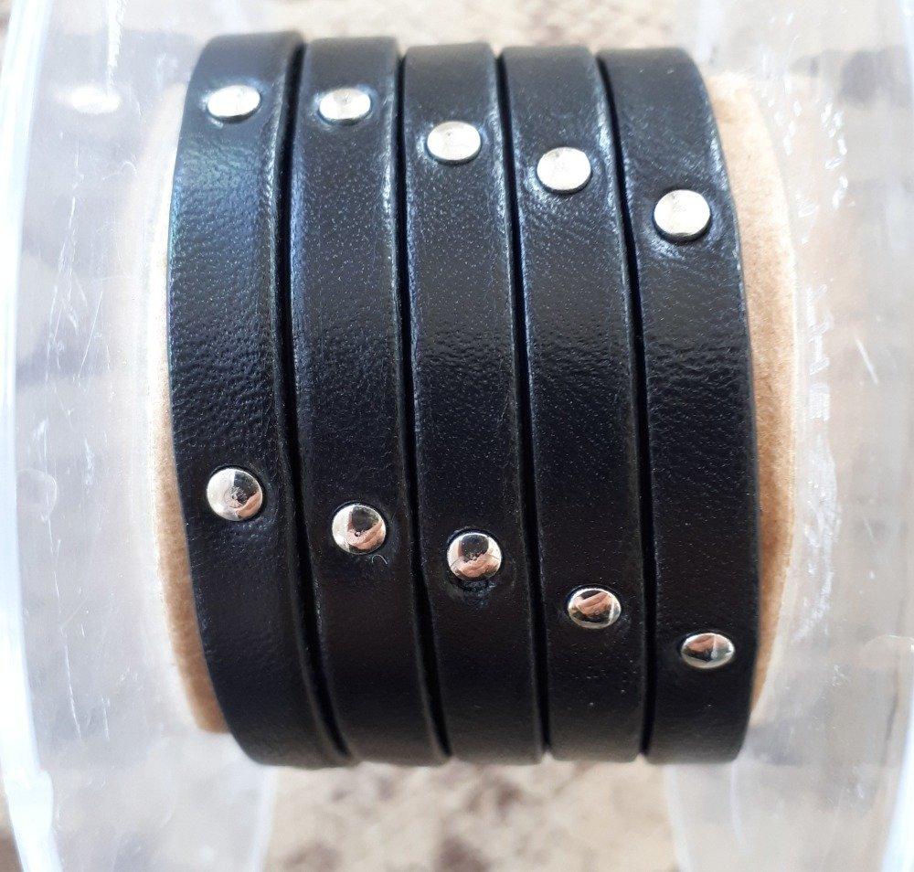 lanière cuir plat 6 mm clouté noir de grande qualité européenne vendue au centimètre