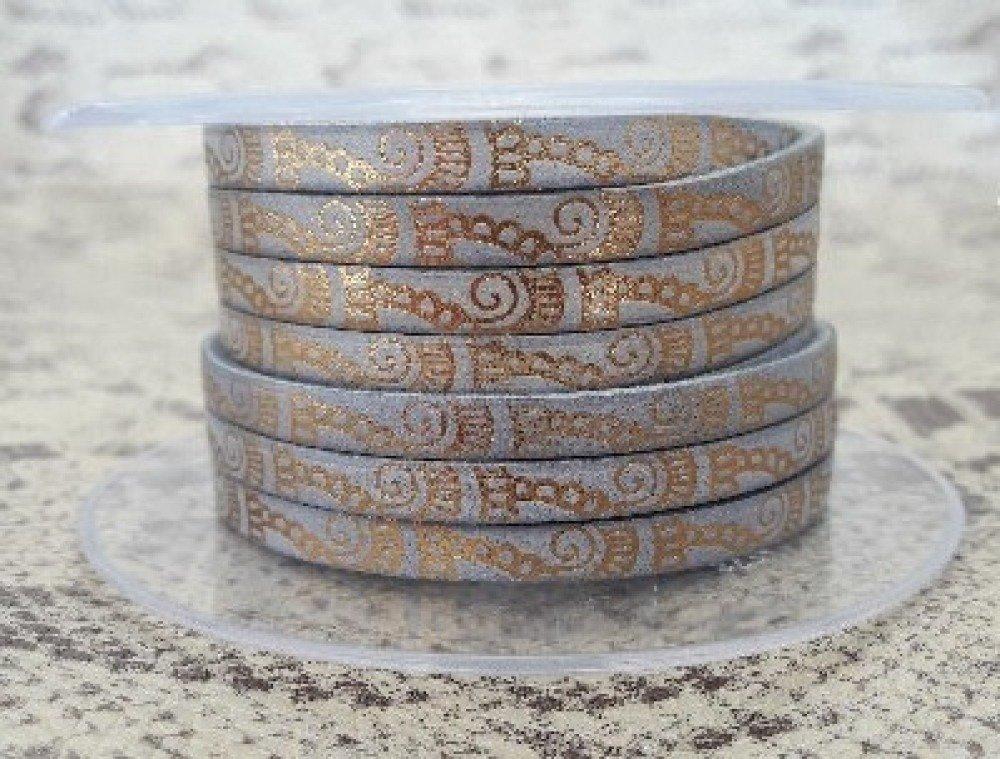 lanière cuir plat 5 mm imprimé ornement gris/bronze de grande qualité européenne vendue par 50 centimètres