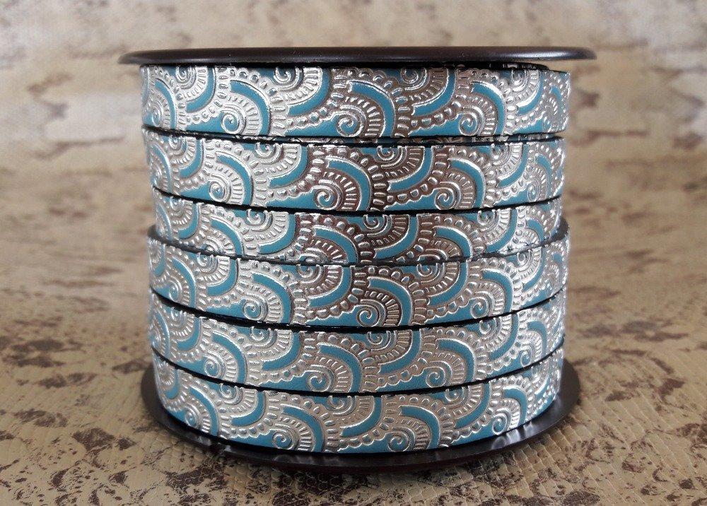 lanière cuir plat 10 mm imprimé ornement bleu/argent de grande qualité européenne vendue au mètre