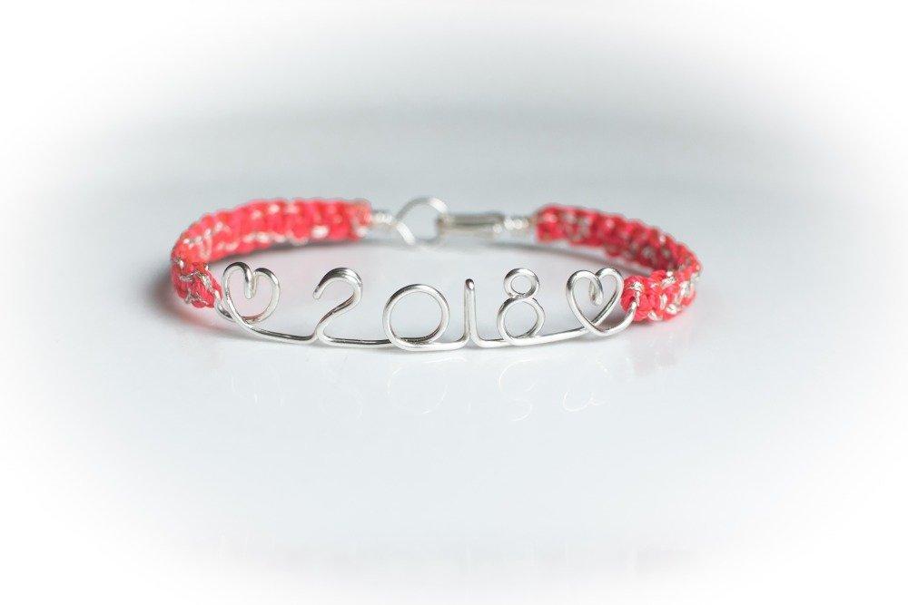"""Bracelet """"Prénom + coeur"""" jonc fil message texte personnalisable, en laiton argenté, cristaux Swarovski fils tressés"""