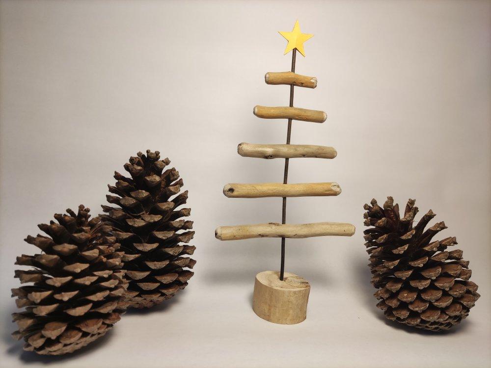Sapin Noël en bois flotté