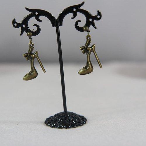 Clou d'oreille bronze pendentif chaussure