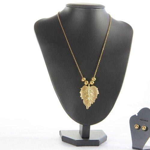 Collier et boucle d'oreille pendentif feuille et perle dorée