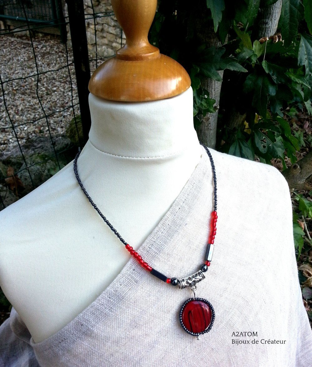 collier femme pendentif rouge