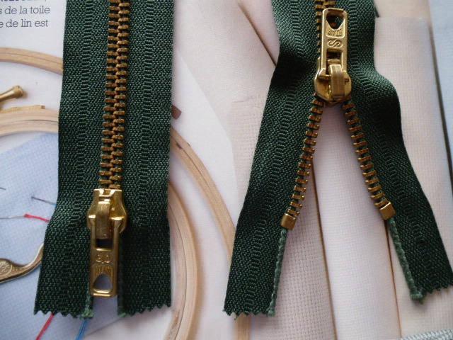 fermeture éclair kaki glissière à double curseurs dorés non séparable 70 cm, accessoire pour création de sac