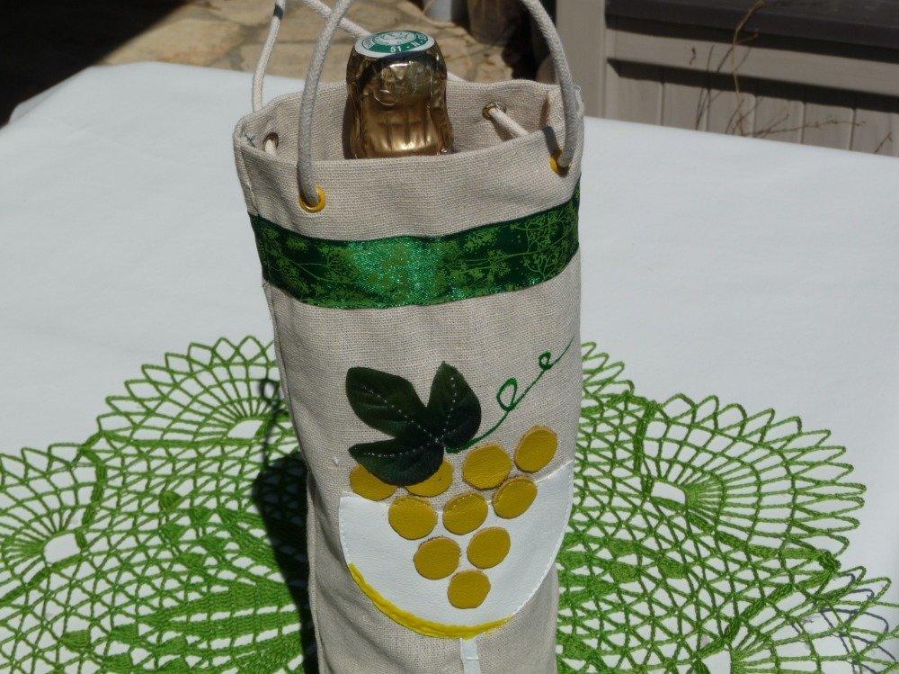 Sac porte bouteille en lin avec motif grappe et verre.