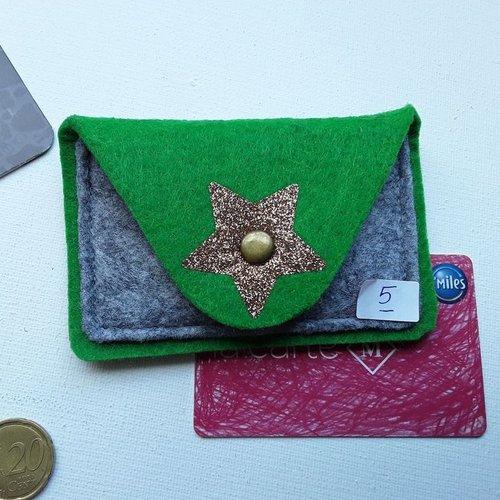 Porte cartes 2 couleurs en feutre épais, lavable, ferme avec pression