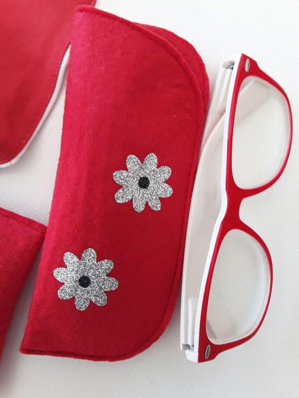 Trio rouge, masque, étui à lunettes et porte monnaie