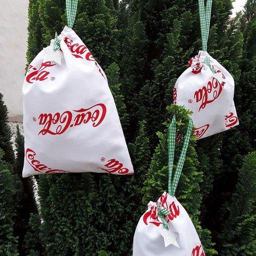 3 sacs pour emballage en tissu avec lien de serrage et étoile pour inscrire le prénom