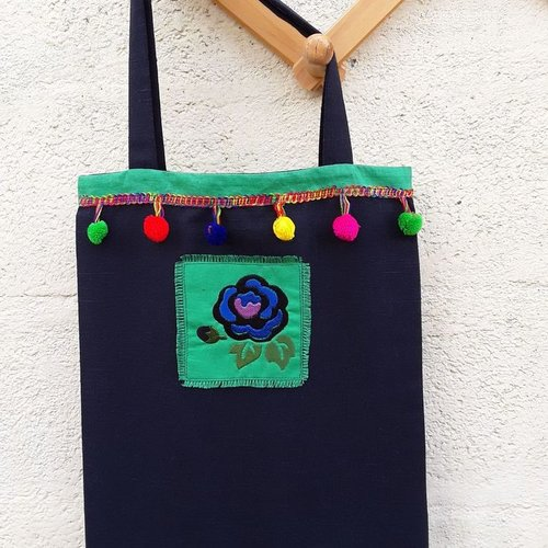 Sac tote-bag toile bleu nuit polyester avec rose brodée