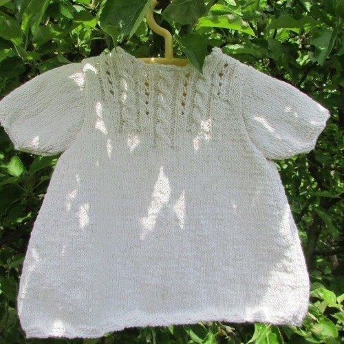 Robe tunique pour bébé  tricotée en coton