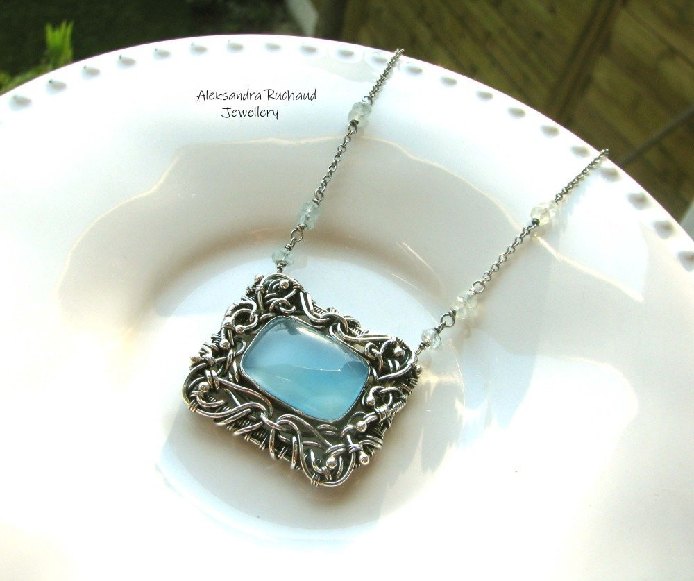 PENDENTIF WIRE WRAPPING ARGENT PIECE OF BLUE SKY Aleksandra Ruchaud AG Créations
