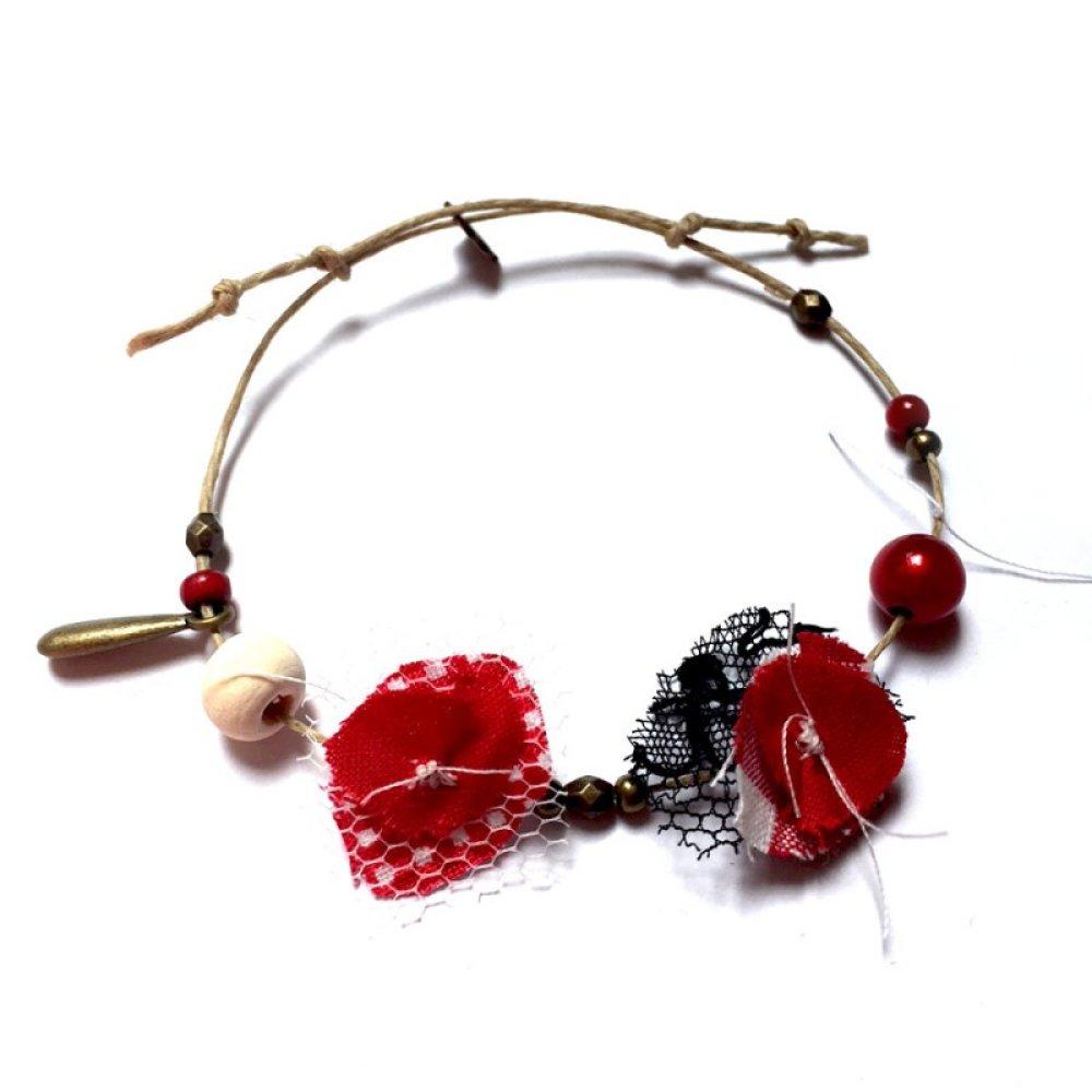 Bracelet UNIQUE en corde avec tissus et perles *Rubis*