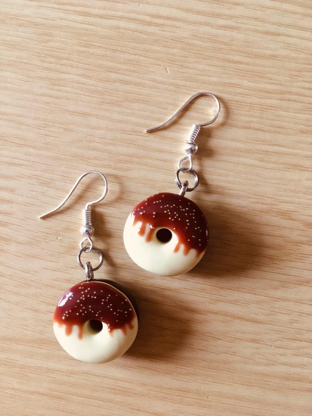 Boucles d'oreilles Fimo donuts chocolat vanille