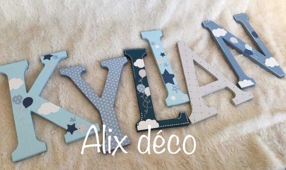 Lettres en bois, prénom enfant en bois, décoration ballon, décoration nuage, cadeau naissance (sur commande)