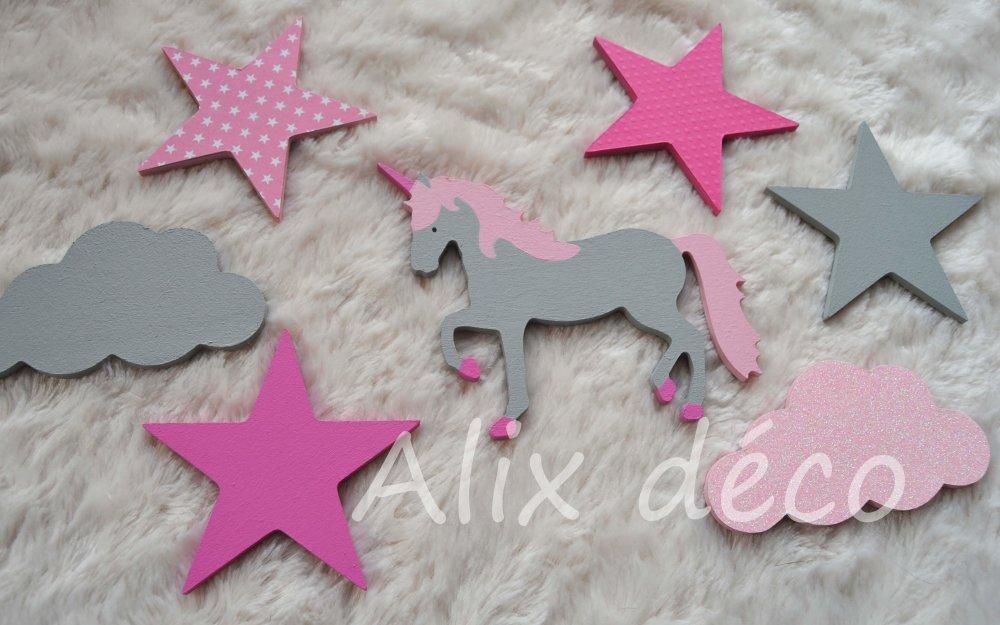 Stickers bois, stickers étoiles et nuages, décoration licorne, décoration enfant, chambre bébé, cadeau naissance (sur commande)