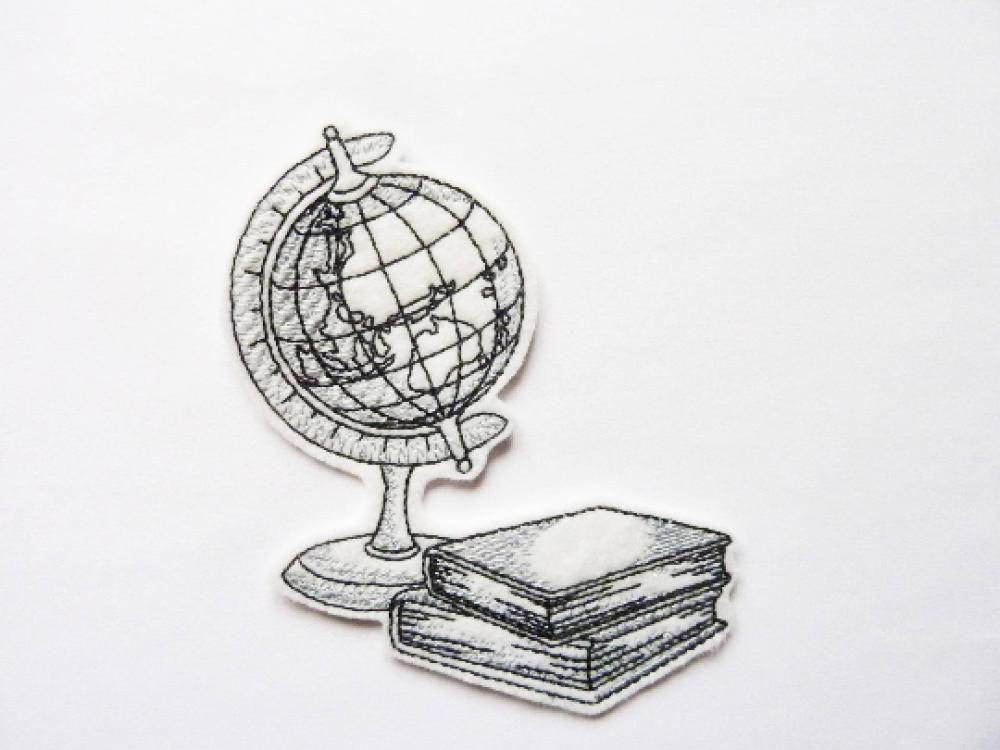 Patch thermocollant avec un globe et des livres, embroidery patch