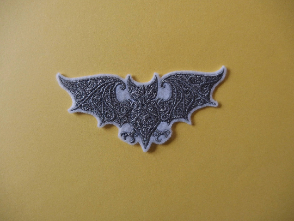 Broderie halloween, patch thermocollant,ecusson,customisation,embroidery patch