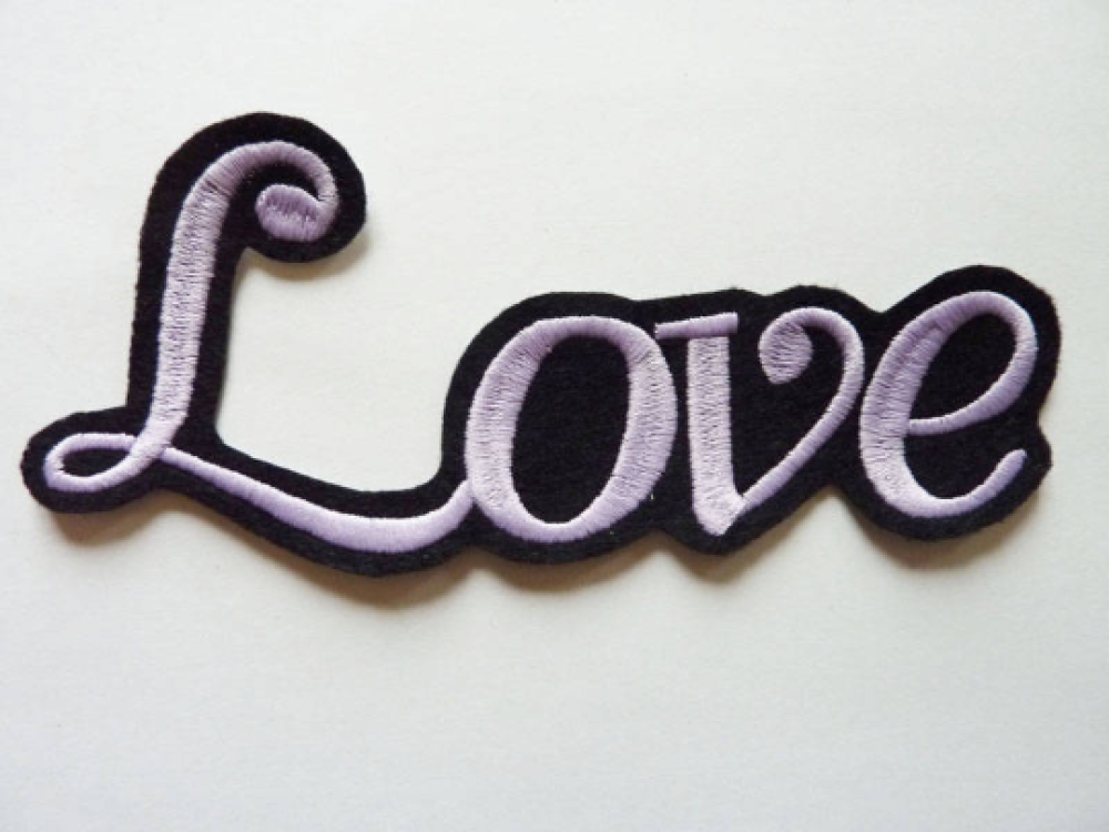 Grand love thermocollant, broderie machine thermocollante, love patch, embroidery patch