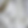 Collier pendentif cristal swarovski goutte noire fil invisible