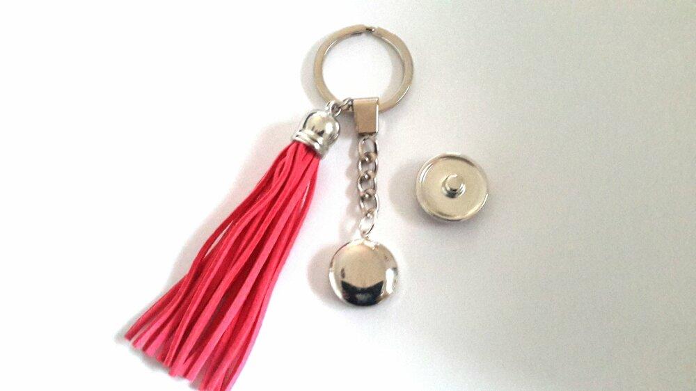 porte clé ou bijou de sac snap  à bouton pression 18mm abstrait et pompom suédine rouge