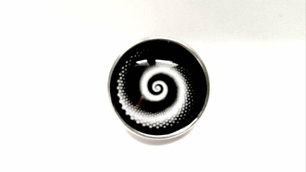 Bouton pression snap à cabochon de verre 18mm spirale blanche