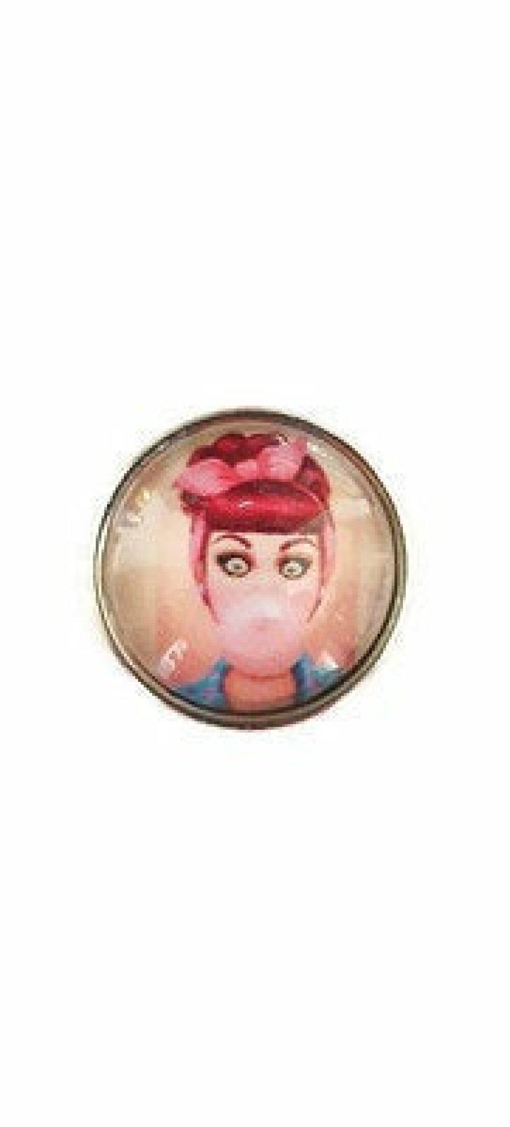 bouton pression à cabochon de verre 18mm femme avec bulle de chewing gum style vintage.