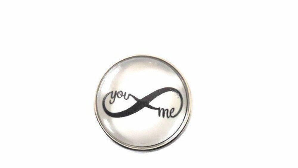bouton pression à cabochon de verre infini you and me en noir et blanc