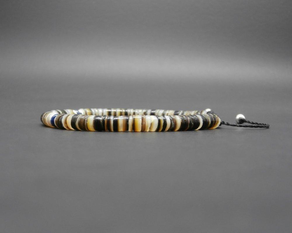 Bracelet homme, heishi coquillage naturel, gemmes, lapis lazuli naturel, perles en argent, tressé nylon ciré Ø 4/5 mm R588