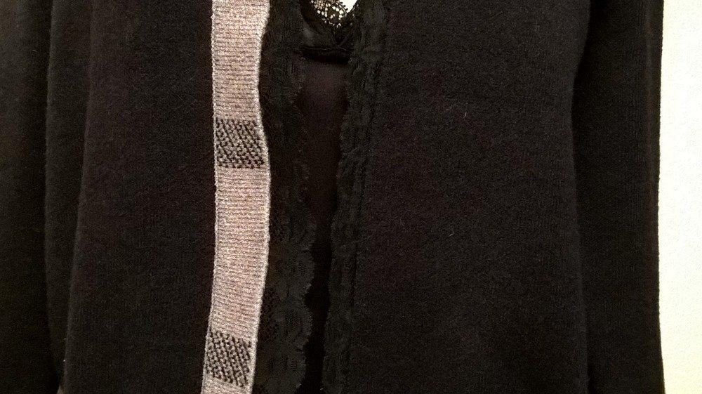 Gilet veste en cachemire, viscose et dentelle de couleur noire , Gilet femme, Cadeau femme