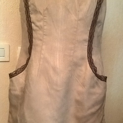Robe Courte En Suedine Beige Dentelle Marron Idee Cadeau Femme Pull Femme Pull Fille Cadeau Femme Un Grand Marche