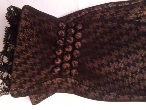 Gants en résille  noir  motif dentelle décoré de dentelle couleur noir